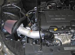 Sistema de Admisión de Aire K&N instalado en un Chevy Cruze Turbo de 1.4L 2011 a 2016